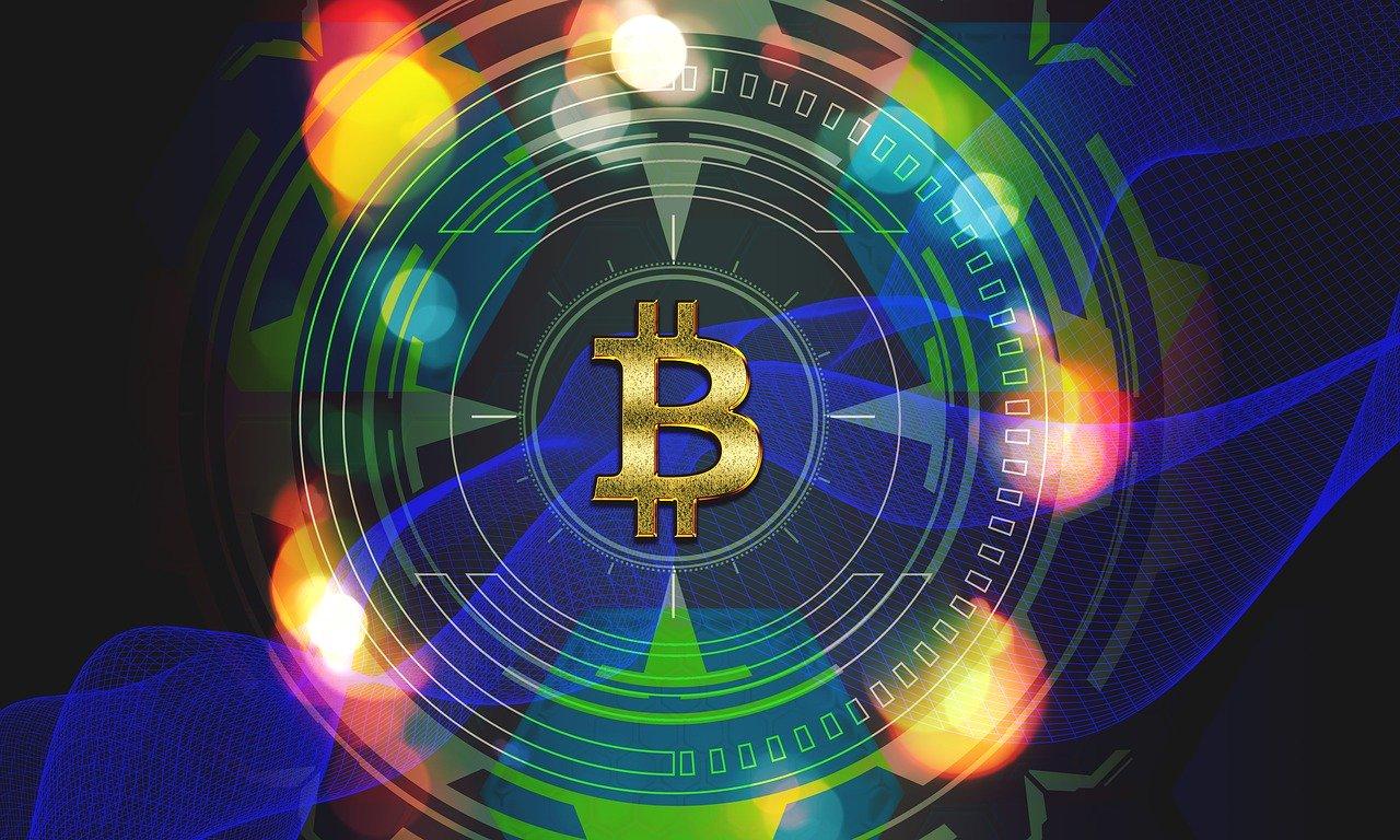 La quotazione di Bitcoin sale oltre i 10mila dollari