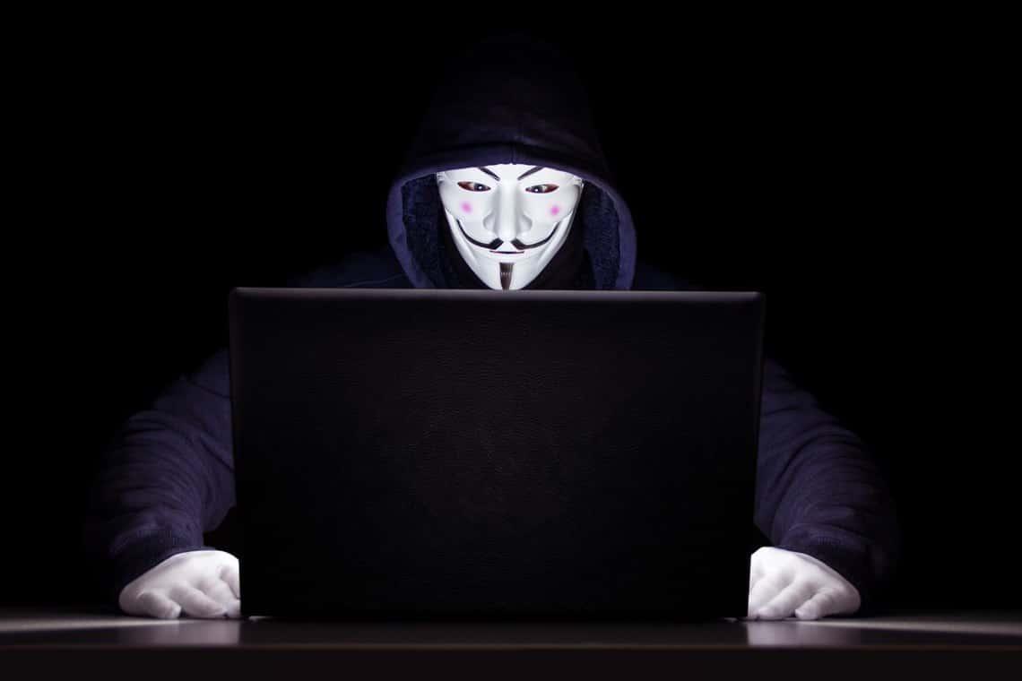 Bitcoin rubati dal wallet, CZ aiuta vittima di phishing