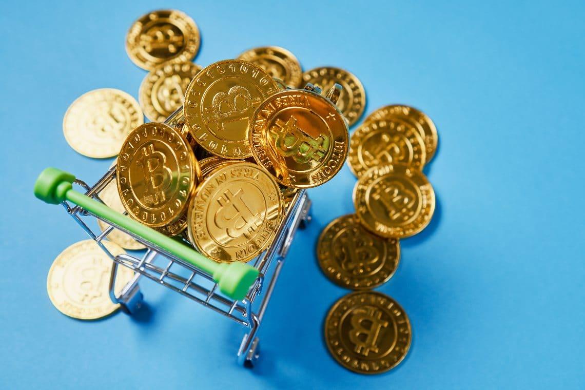 Bitcoin: la transazione di una balena da oltre 100mila BTC