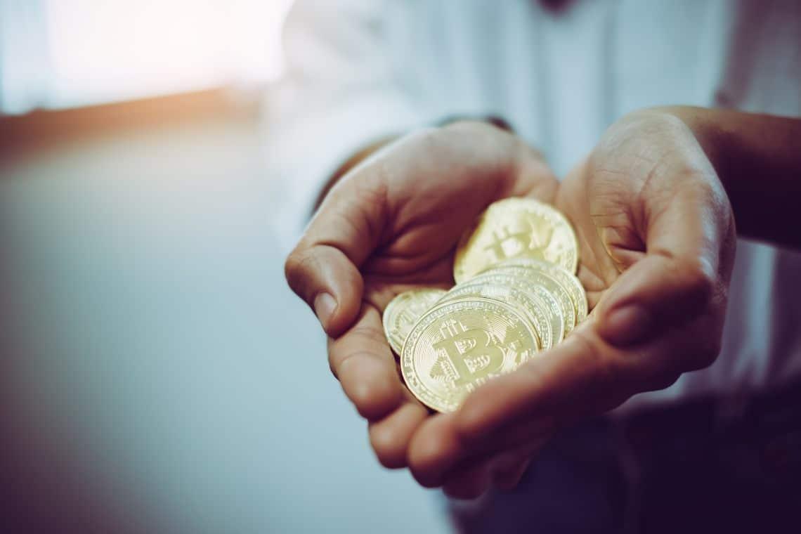 Bitcoin: diminuiscono gli indirizzi delle balene
