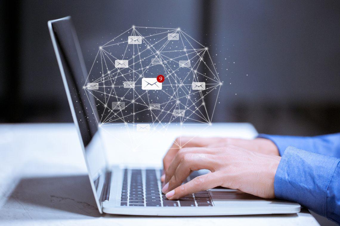 La blockchain ora ospita anche mail decentralizzate