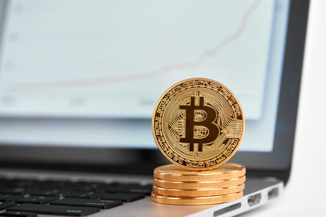 Bitcoin torna in rialzo e supera i 10.600 dollari