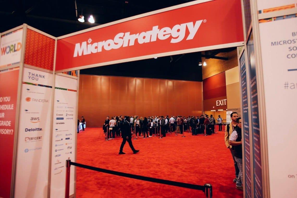 Microstrategy: metà degli asset è in bitcoin