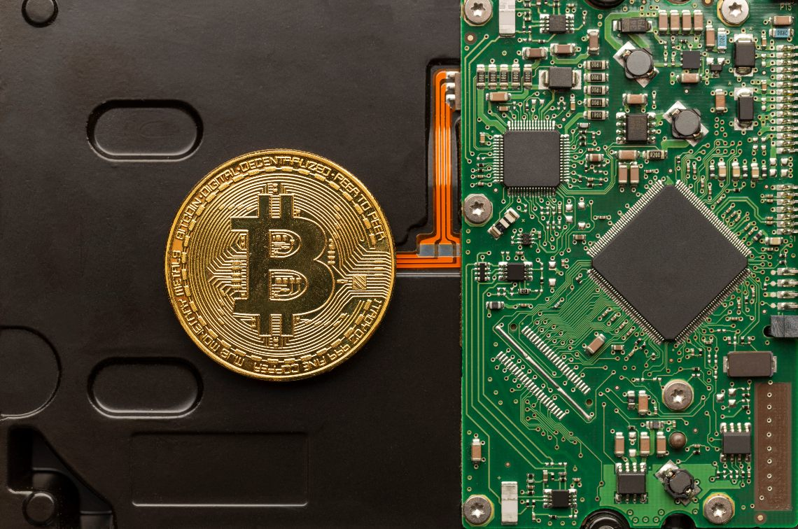 Microstrategy esegue un full node di Bitcoin