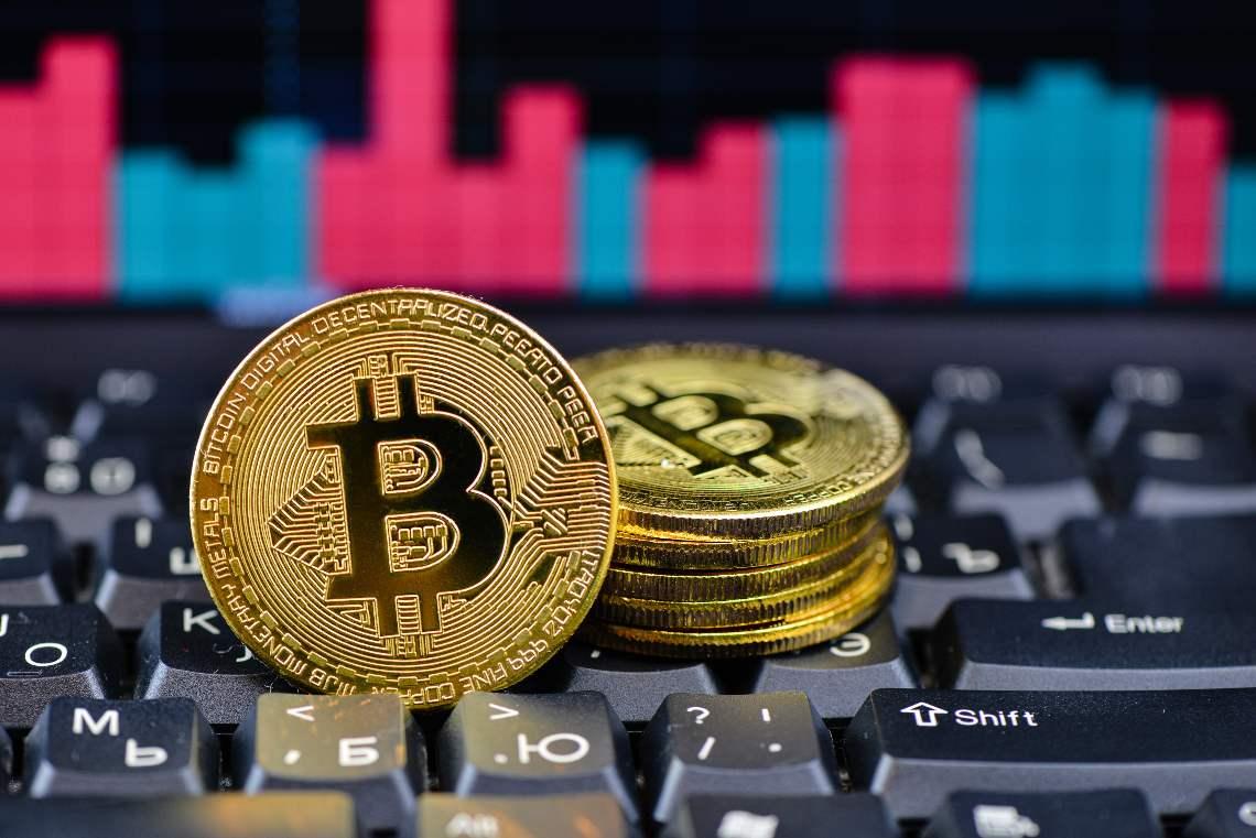 Bitcoin: guadagni a doppia cifra
