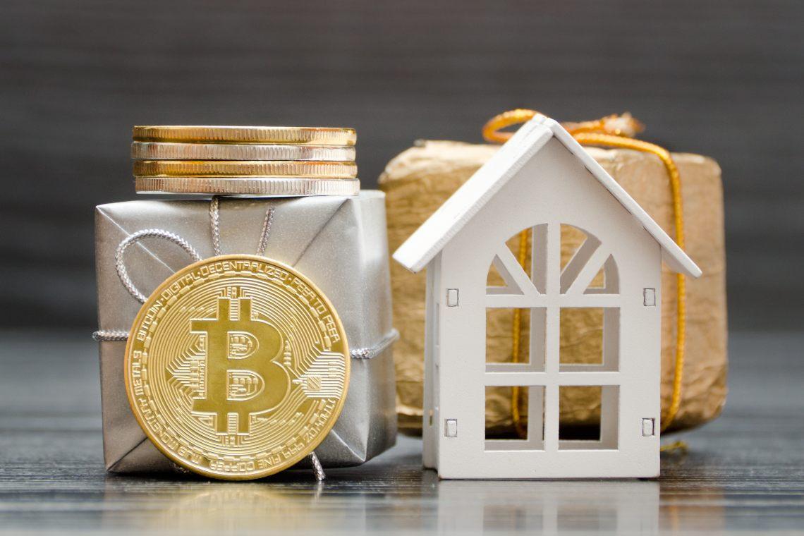 Josh Jones, il miliardario in Bitcoin compra la casa del CEO di Playboy