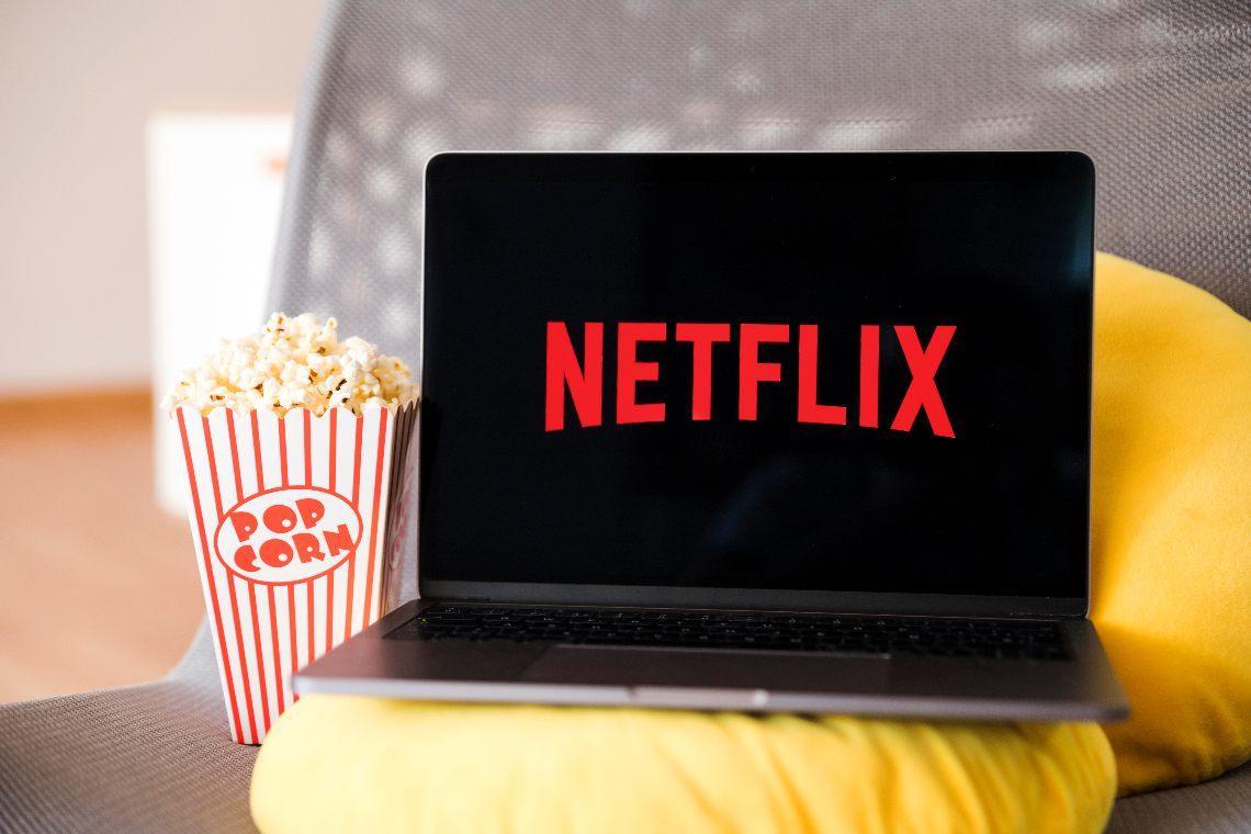 Netflix alzerà i prezzi: la previsione degli analisti