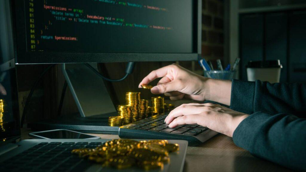 DeFi: rubati 100 milioni dagli hacker nel 2020