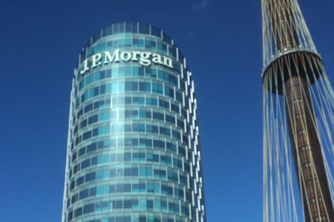 """Bitcoin, """"tutti capitolano"""": JP Morgan ha cambiato idea"""
