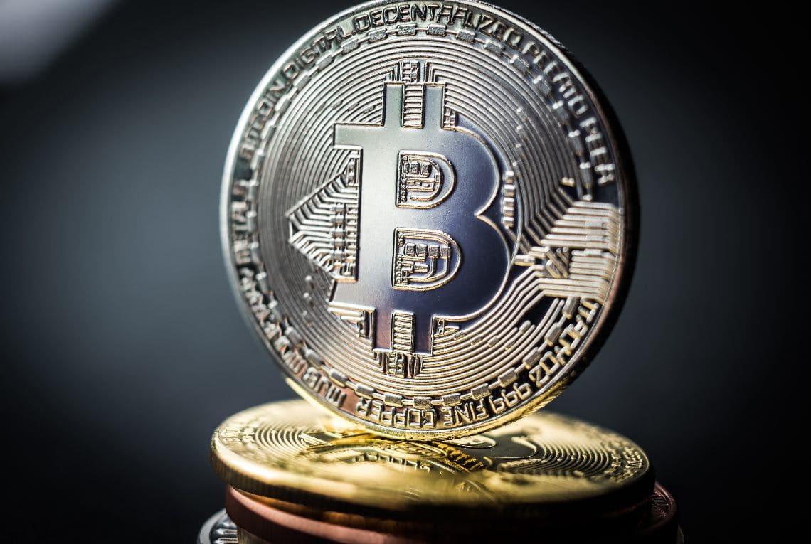 Bitcoin a 18.000 dollari