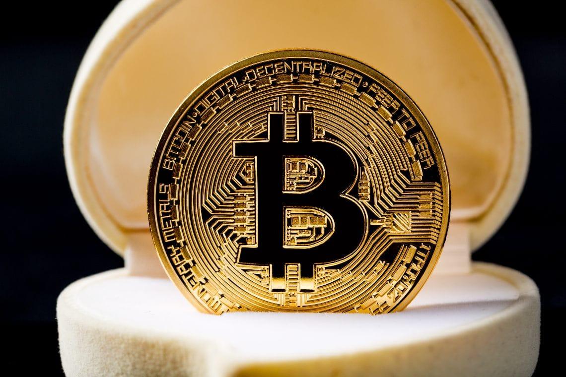 bitcoin pentru a ajunge la 25000)