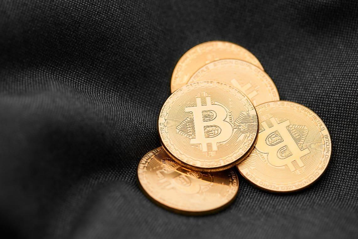 Bitcoin: transazione record dai fondi di Silk Road