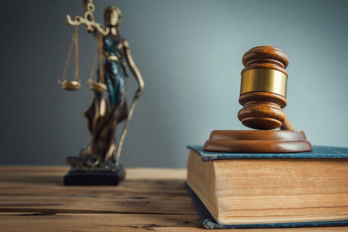 La SEC trascina Ripple in tribunale e XRP crolla