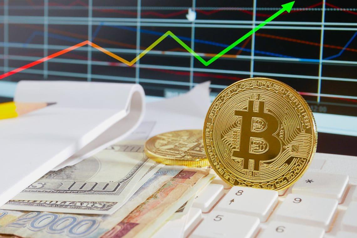 Bitcoin da record oltre i 23mila dollari