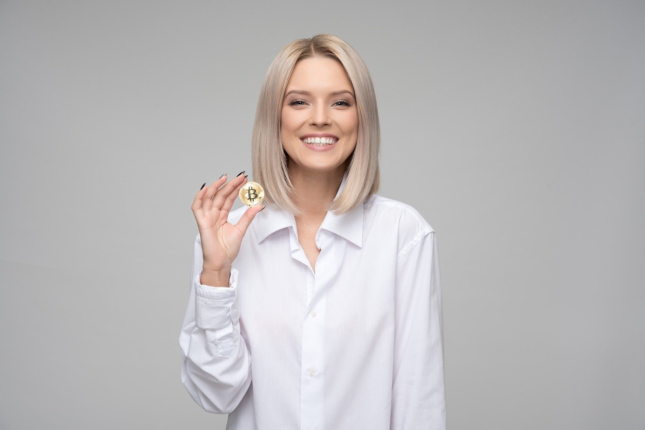 Bitcoin: la quotazione di BTC oltre i 19500 dollari