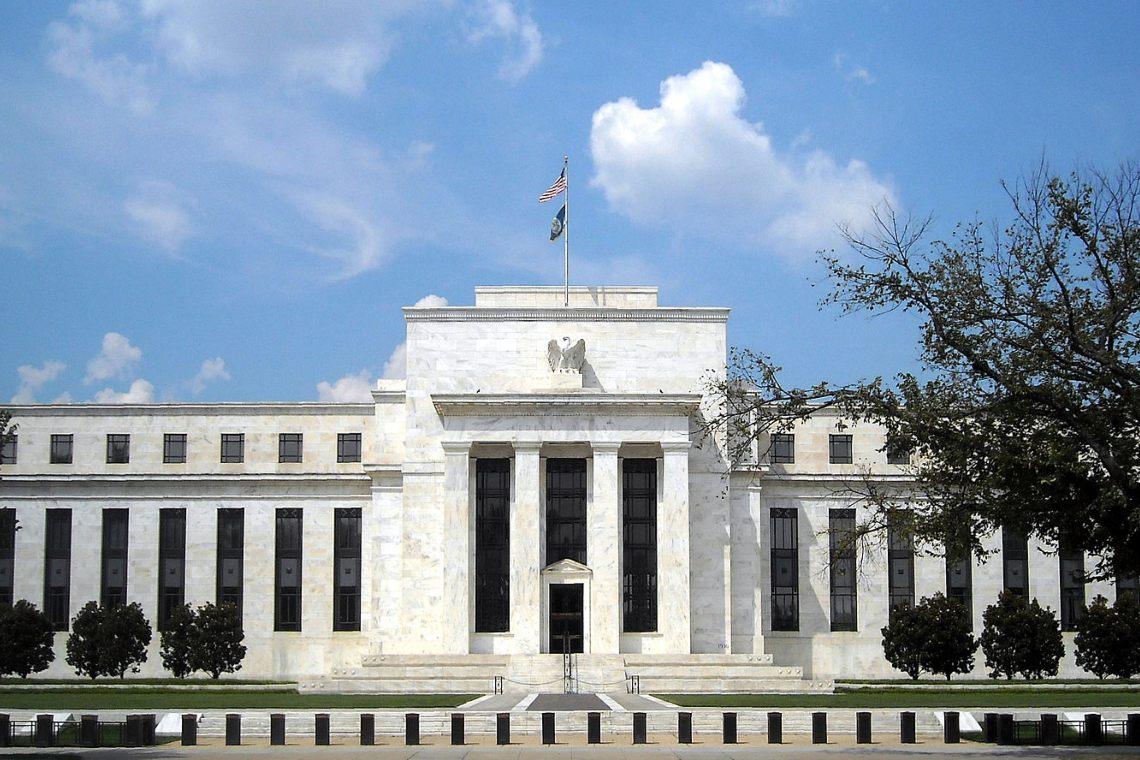Federal Reserve, politiche invariate per sostenere gli USA