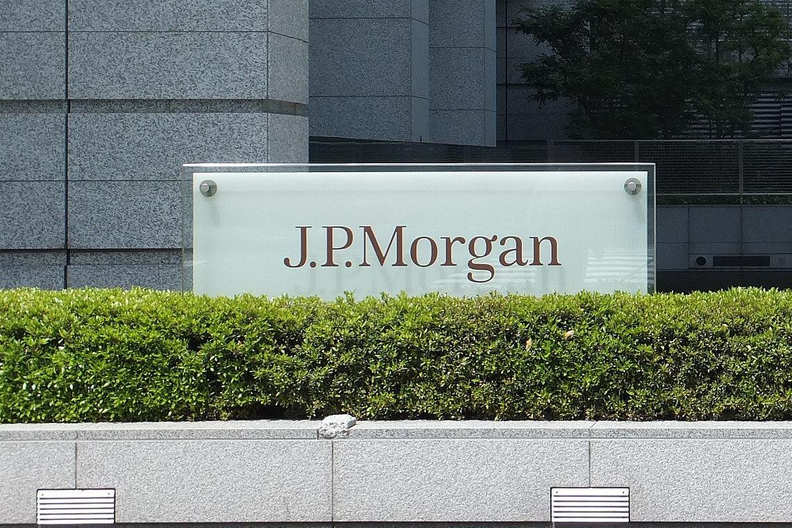 JP Morgan sospende le donazioni politiche