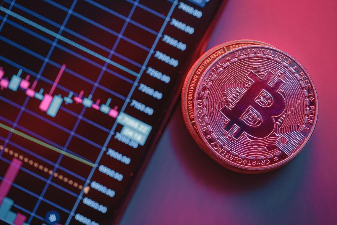 Bitcoin in perdita del 6% su base settimanale