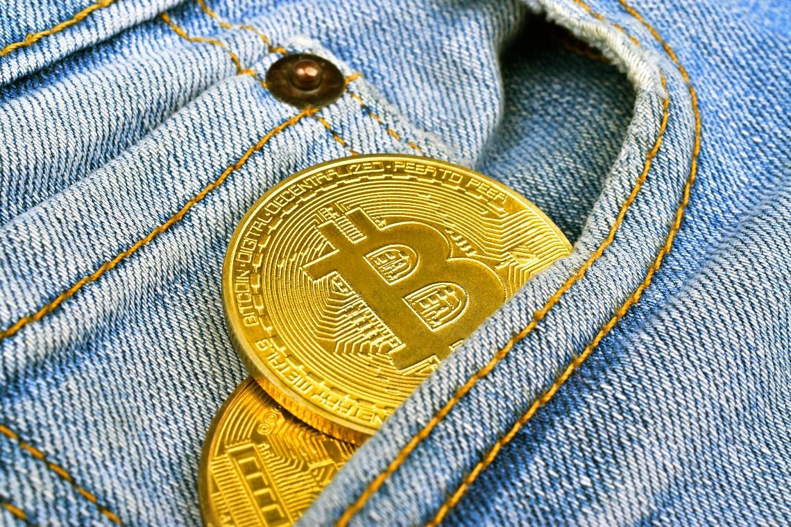"""Peter Schiff: gli istituzionali che comprano Bitcoin sono """"complici"""""""