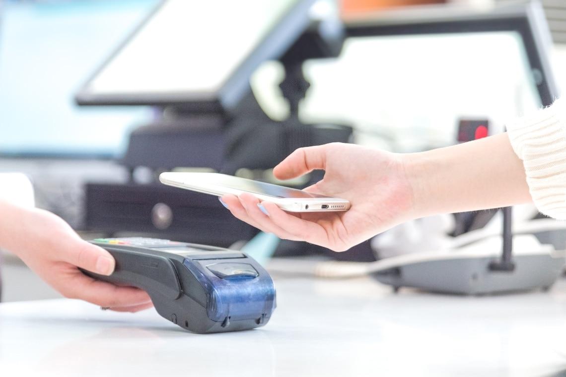 eToro: gli inglesi i più esperti di pagamenti digitali
