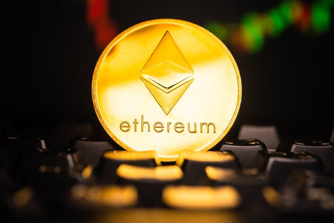 Ethereum: prezzo in rialzo verso i 1400 dollari