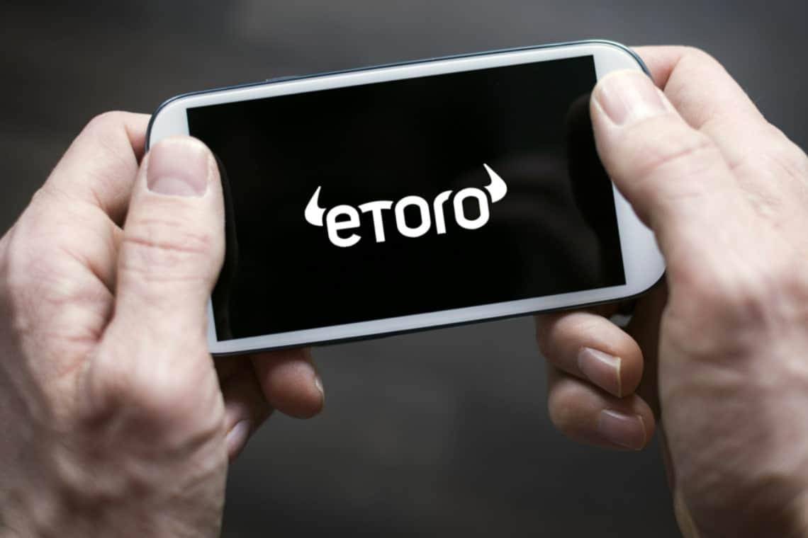eToro chiude il trading a leva per le criptovalute