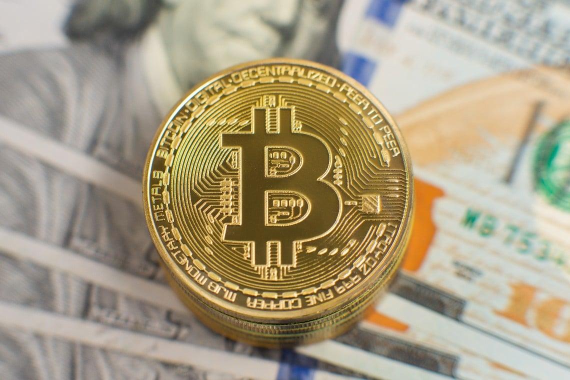MicroStrategy investe un altro miliardo in bitcoin