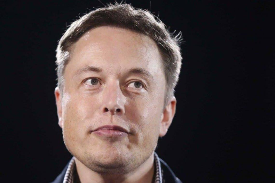 Elon Musk spiega Dogecoin e Bitcoin su Twitter