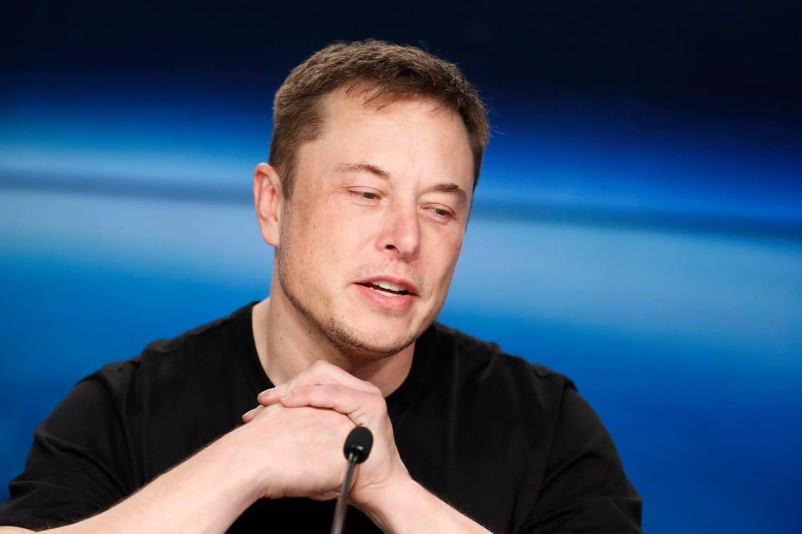 Elon Musk contro le balene di Dogecoin