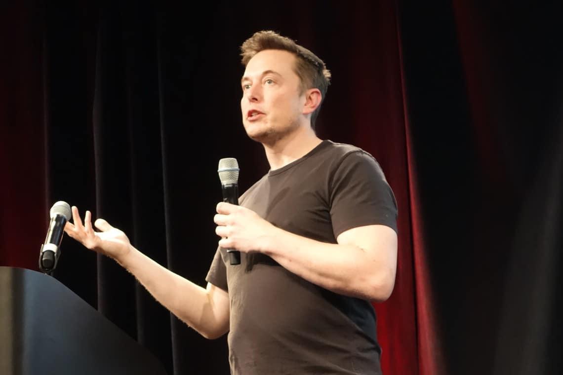Elon Musk twitta ancora a supporto di Dogecoin