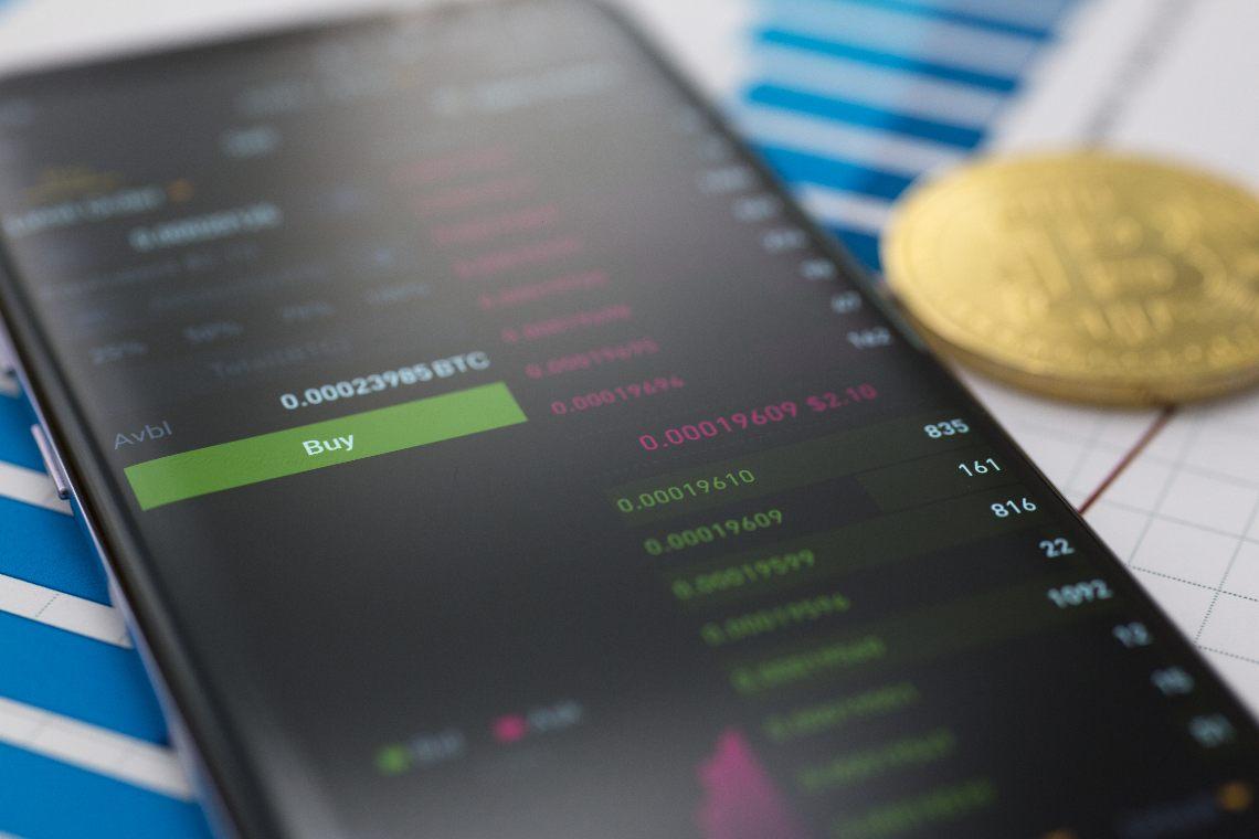 Bexplus raddoppia il vostro deposito e fornisce una leva 1:100 per il trading di criptovalute