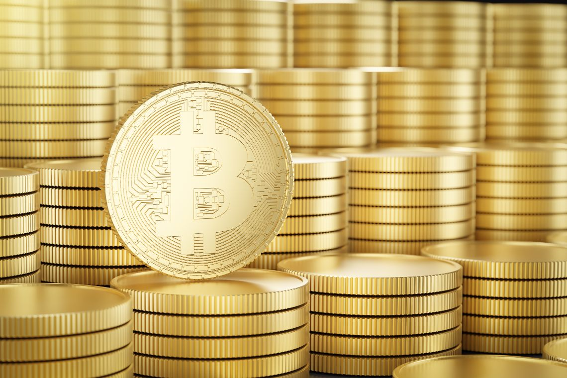 Bitcoin a 59.000 dollari: di nuovo vicino ai massimi
