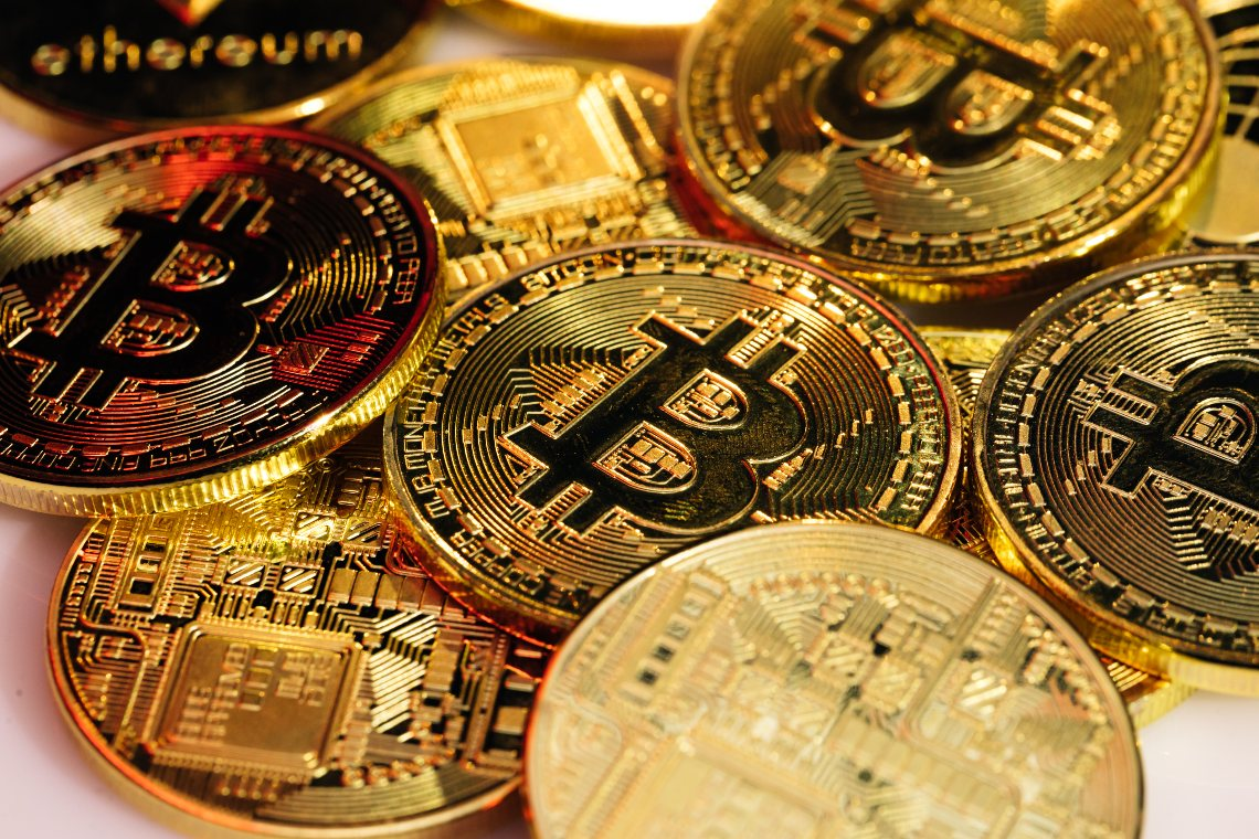 Bitcoin: il market cap supera Visa e Mastercard messe assieme