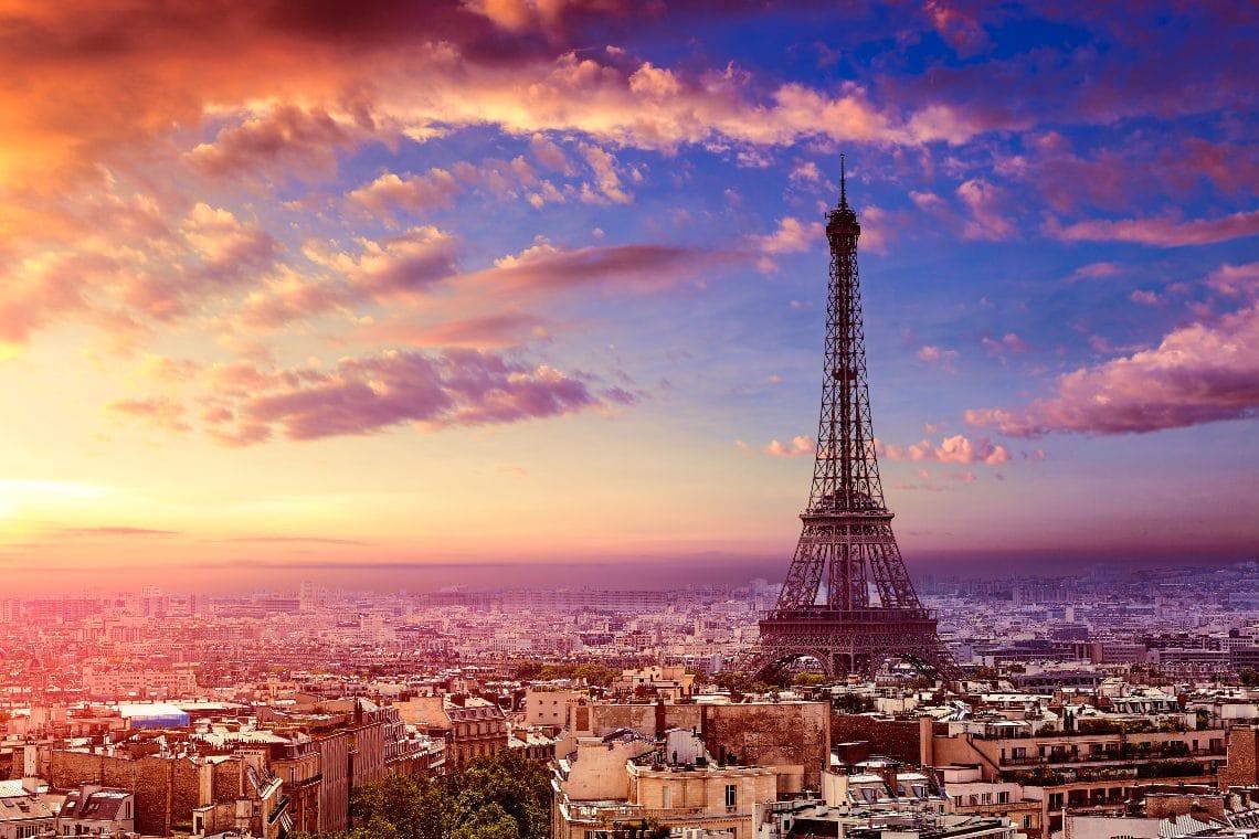 OVR: oltre 200mila NFT venduti, presto tokenizzata anche la Torre Eiffel