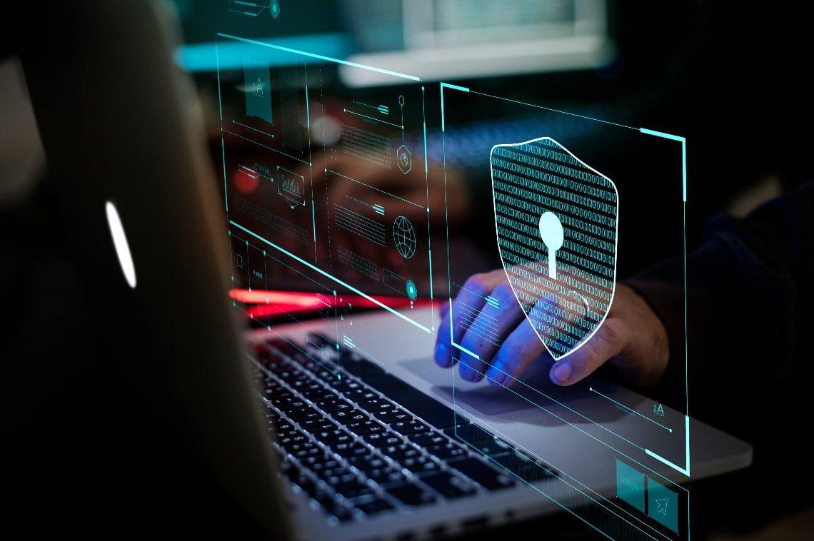 Axios è stato hackerato: chiesto riscatto in Bitcoin