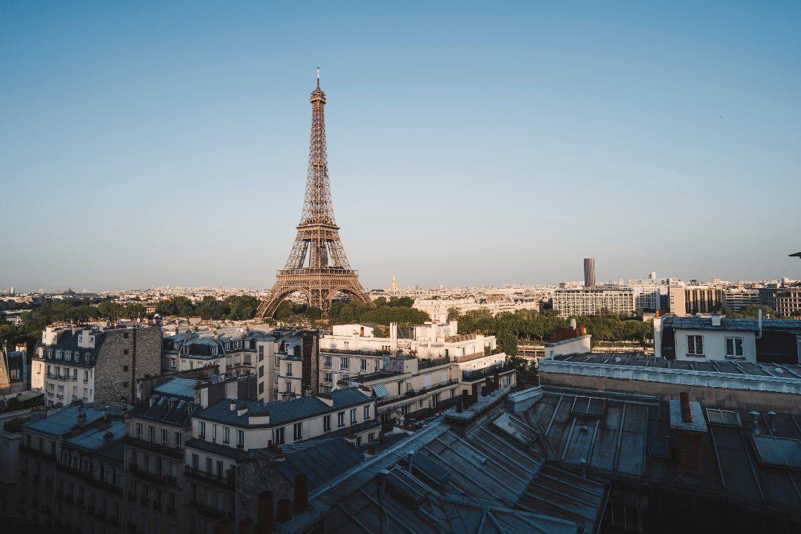 OVR: il Non Fungible Token della Torre Eiffel è stato venduto per 38 ETH