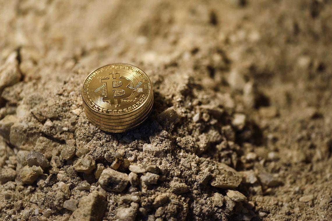 Cina, in Mongolia pene dure per chi fa mining di Bitcoin