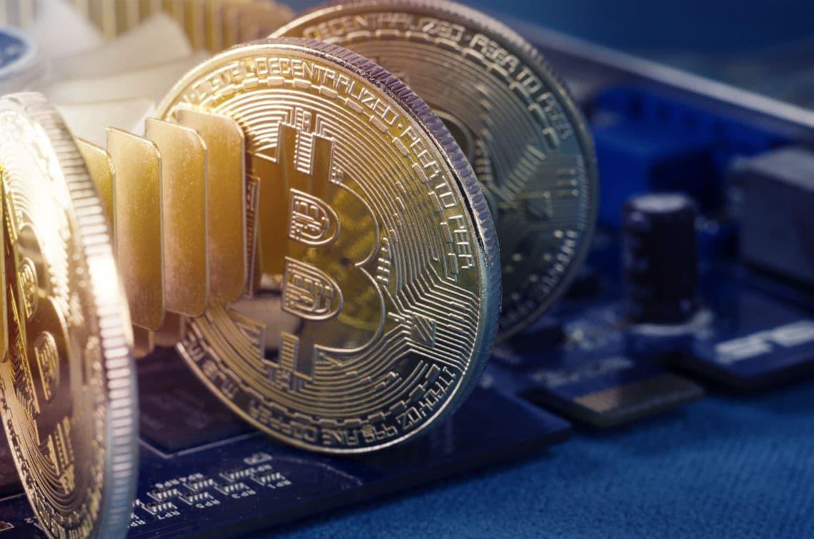 Iran, ban al mining di bitcoin per 4 mesi