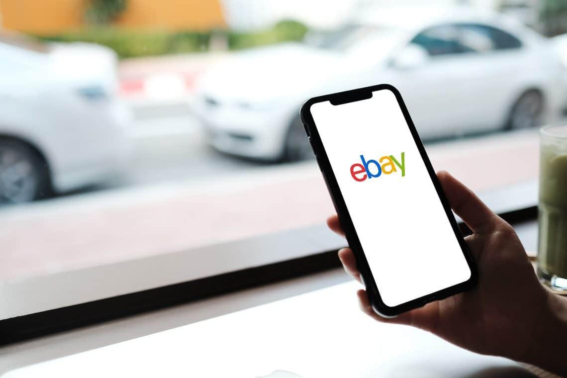 Su eBay ora si possono comprare gli NFT, Amazon seguirà?