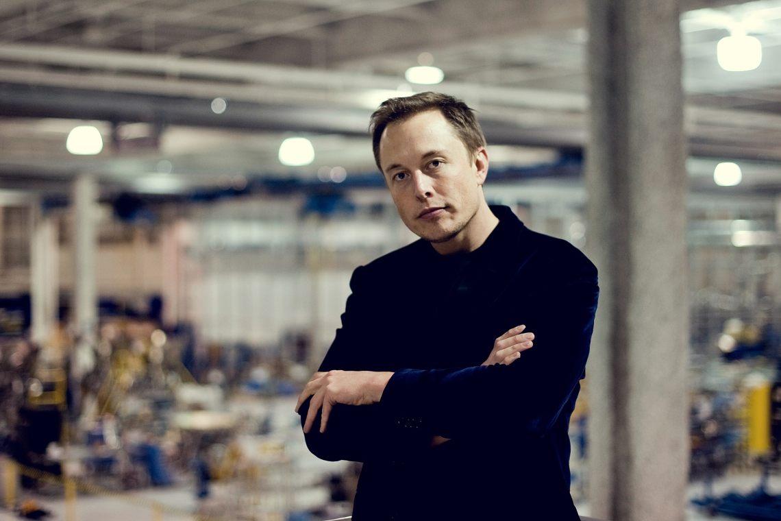 Elongate: Musk minaccia di vendere i bitcoin di Tesla, e poi smentisce