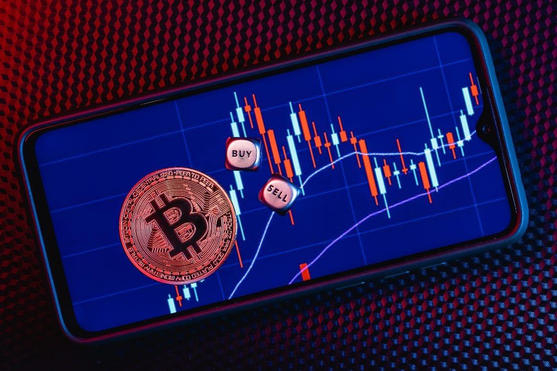 Perché Bitcoin sta scendendo a 44k dollari, e quale sarà la prossima mossa?