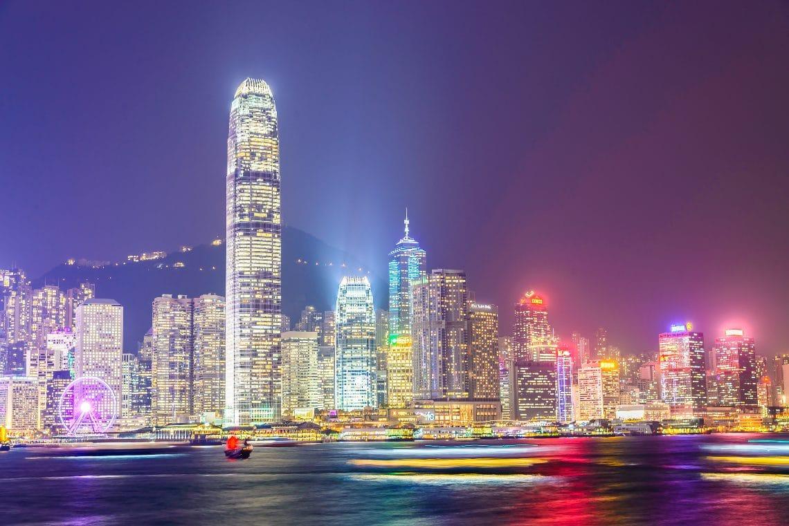 Hong Kong valuta l'emissione di una valuta digitale