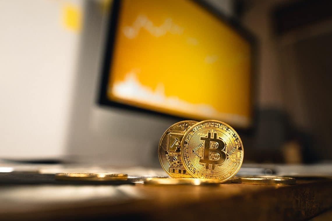 I trend di bitcoin (BTC) e Cardano (ADA)