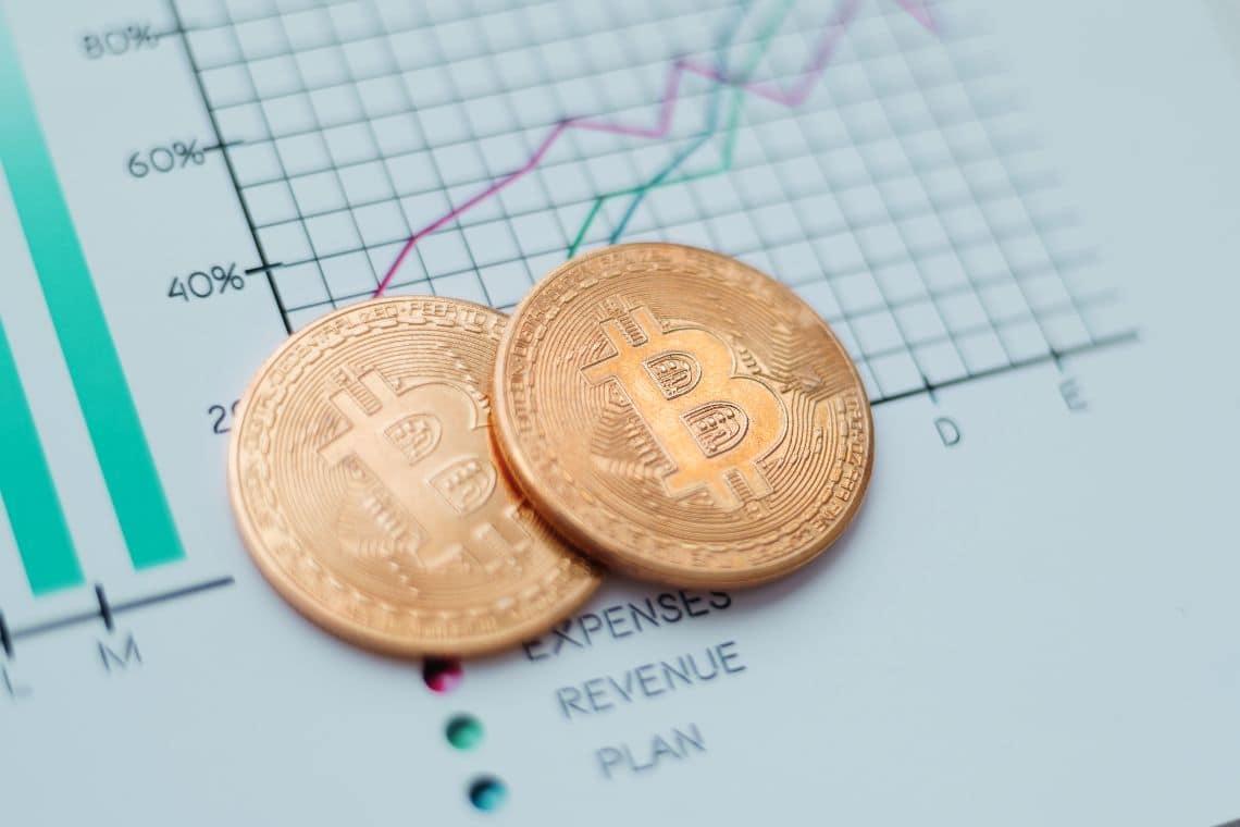 CryptoCompare: volumi crypto in calo del 35%