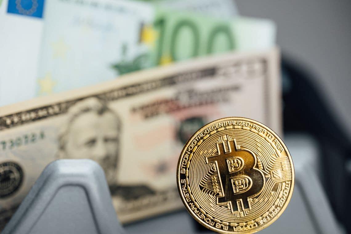 Bitcoin supererà le valute fiat entro il 2050