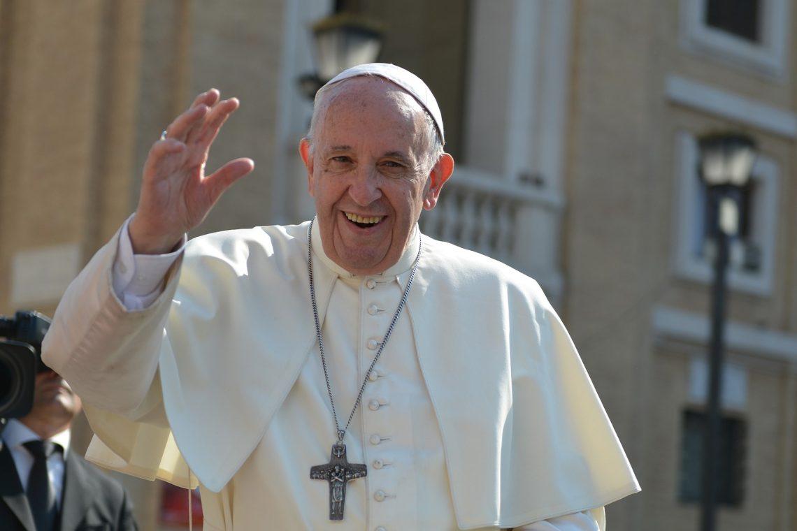 I primi NFT di Papa Francesco sul marketplace di AkoinNFT
