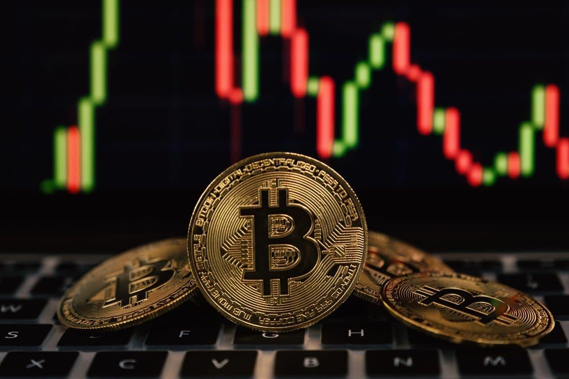 Analisi e trend dei prezzi di Bitcoin ($46K) e Polkadot ($20.5)