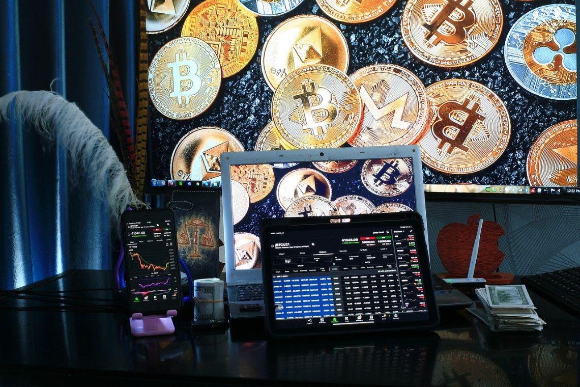 Mercato crypto: gli istituzionali battono i retail su Coinbase