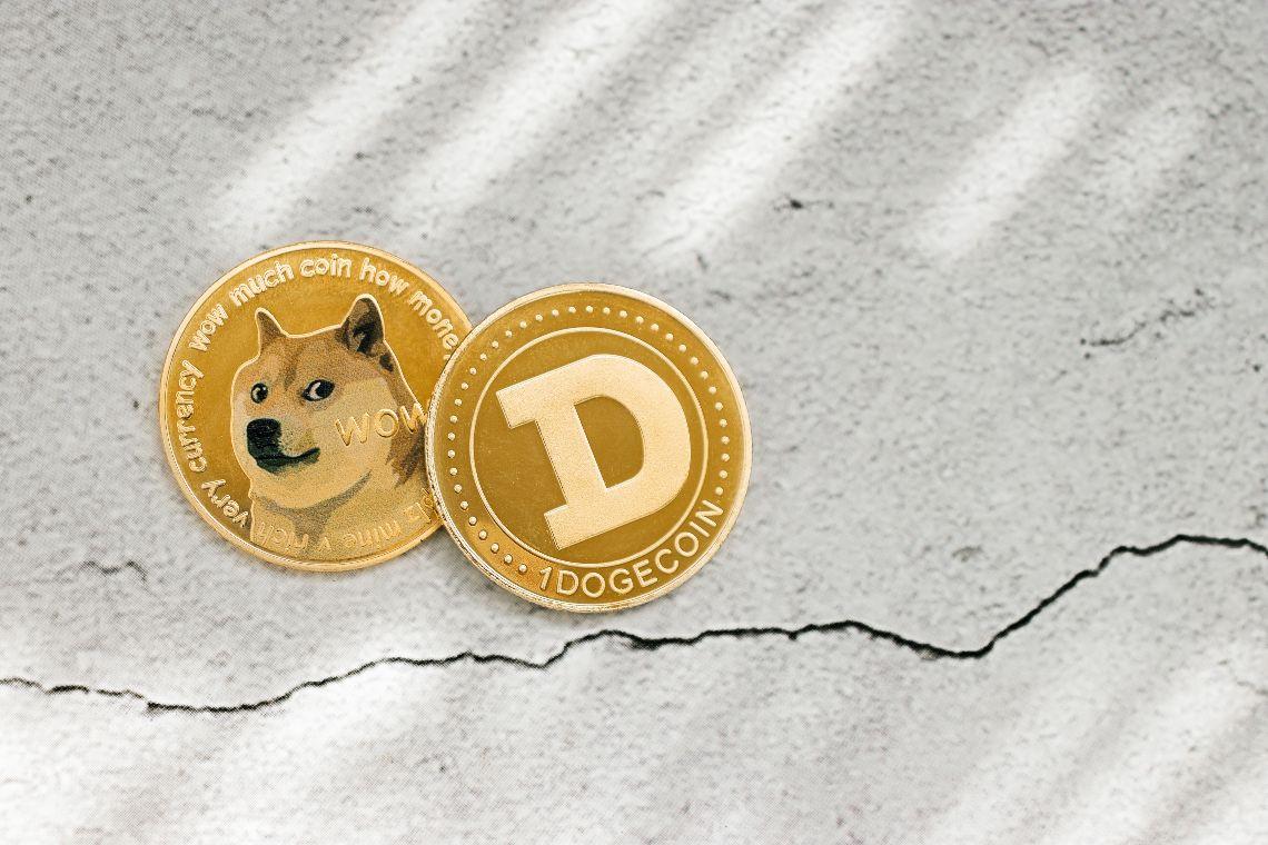 La Dogecoin Foundation trasforma DOGE con Elon Musk e Vitalik Buterin