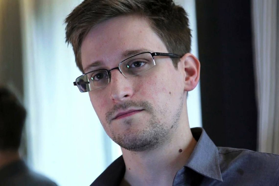 Per Edward Snowden OnlyFans potrebbe usare Bitcoin